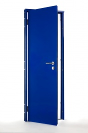 E12 powder coated in Ultramarine Blue (RAL 5002), with mortice lock, lever handles, security hinges and YTL threshold.